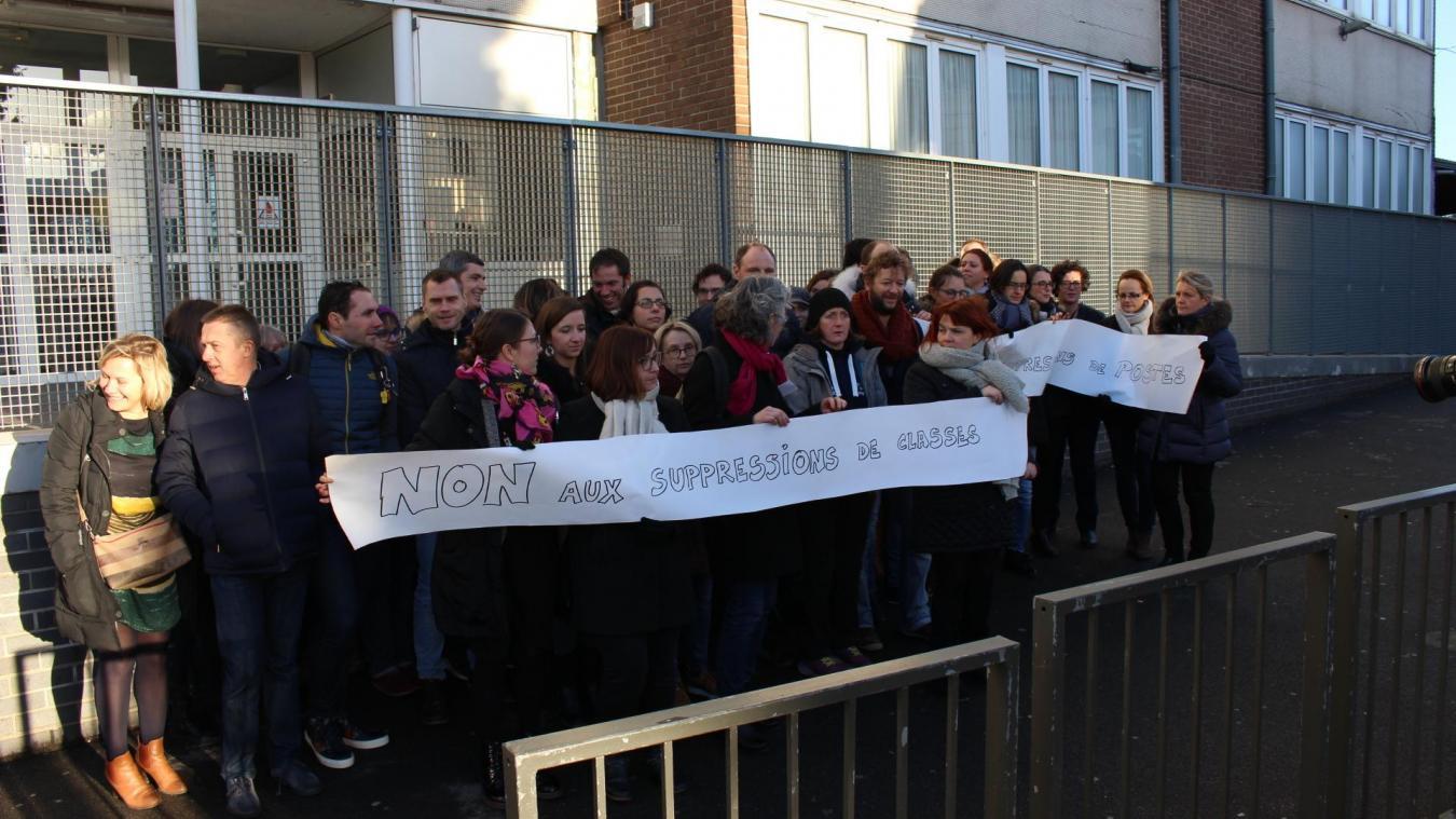 Ils étaient une trentaine à manifester jeudi 17 janvier.