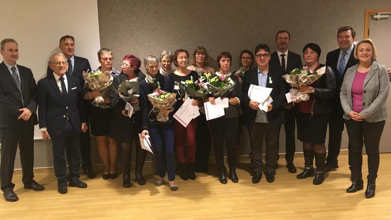 Treize médailles d'honneur régionale, départementale et communale ont été décernées par l'encadrement et les élus du Centre hospitalier d'Aire-sur-la-Lys, lors de la cérémonie des vœux, jeudi 10 janvier.
