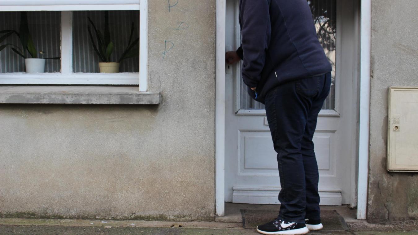 Bruay-la-Buissière: Éliane, 80 ans, a déposé 16 plaintes pour dégradations sur sa maison en six ans