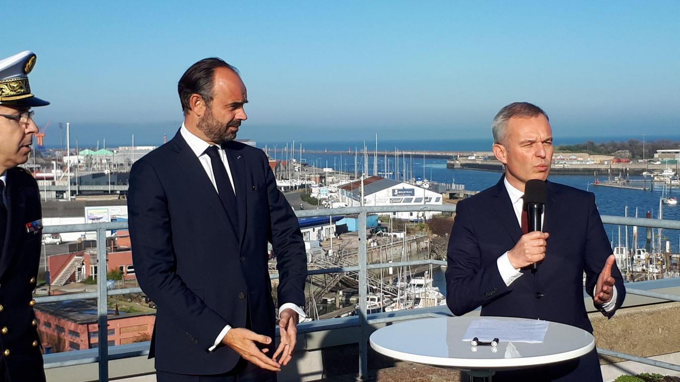 François de Rugy est déjà venu à Dunkerque, le jeudi 15 novembre, avec le Premier ministre. Il avait annoncé la réalisation du champ éolien de 70 km² au large des côtes dunkerquoises.