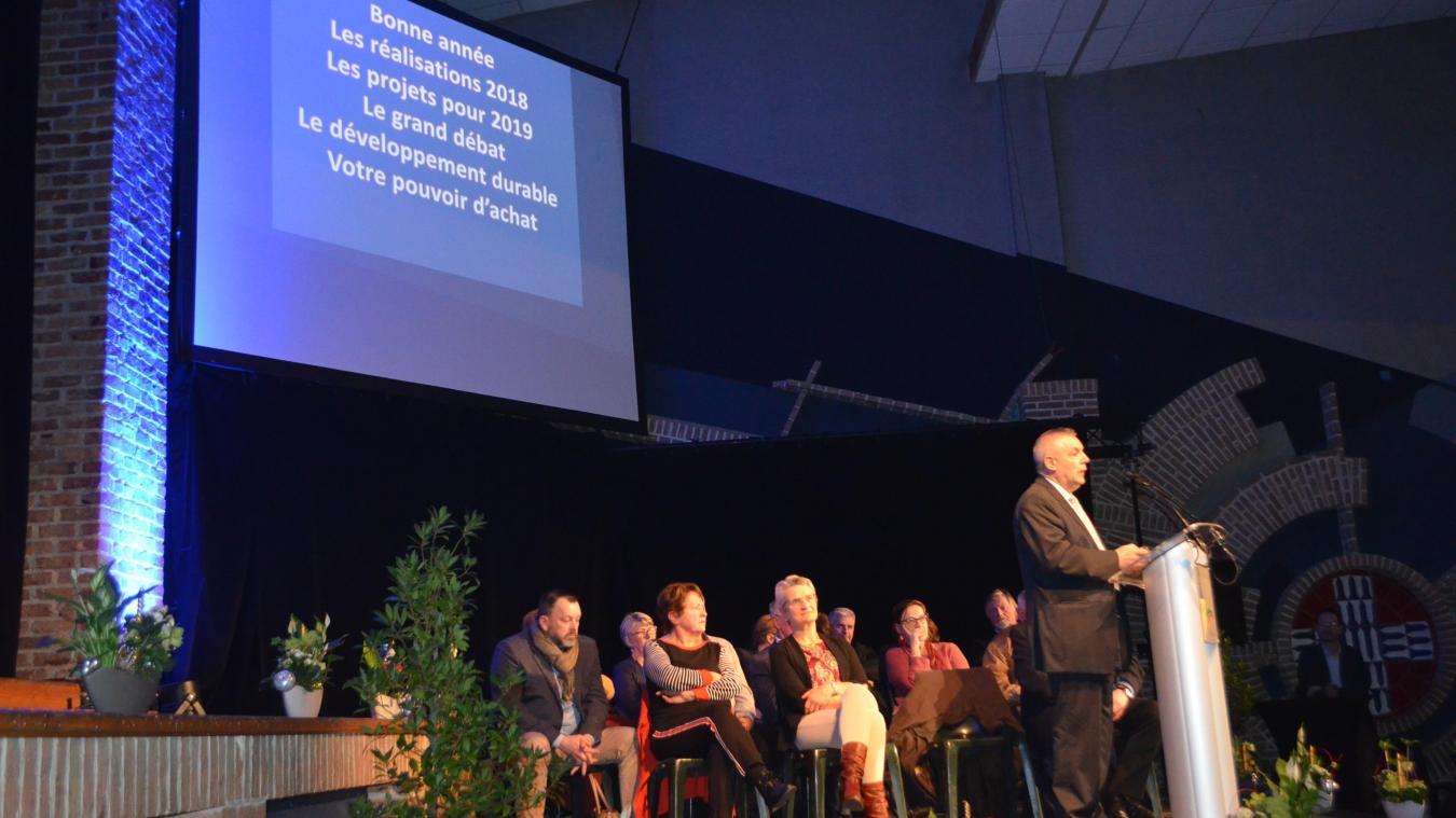 Marc Deneuche, maire de Bailleul, a annoncé lors des vœux, le 15 janvier, que la cité de Mélusine se plongeait dans le grand débat national.