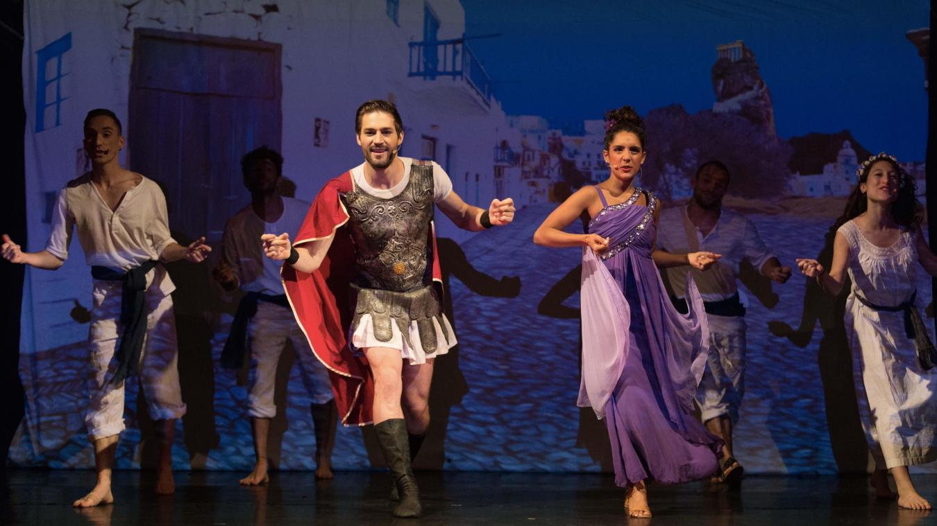 Le treizième travail d'Hercule, c'est de jouer dans une comédie musicale.
