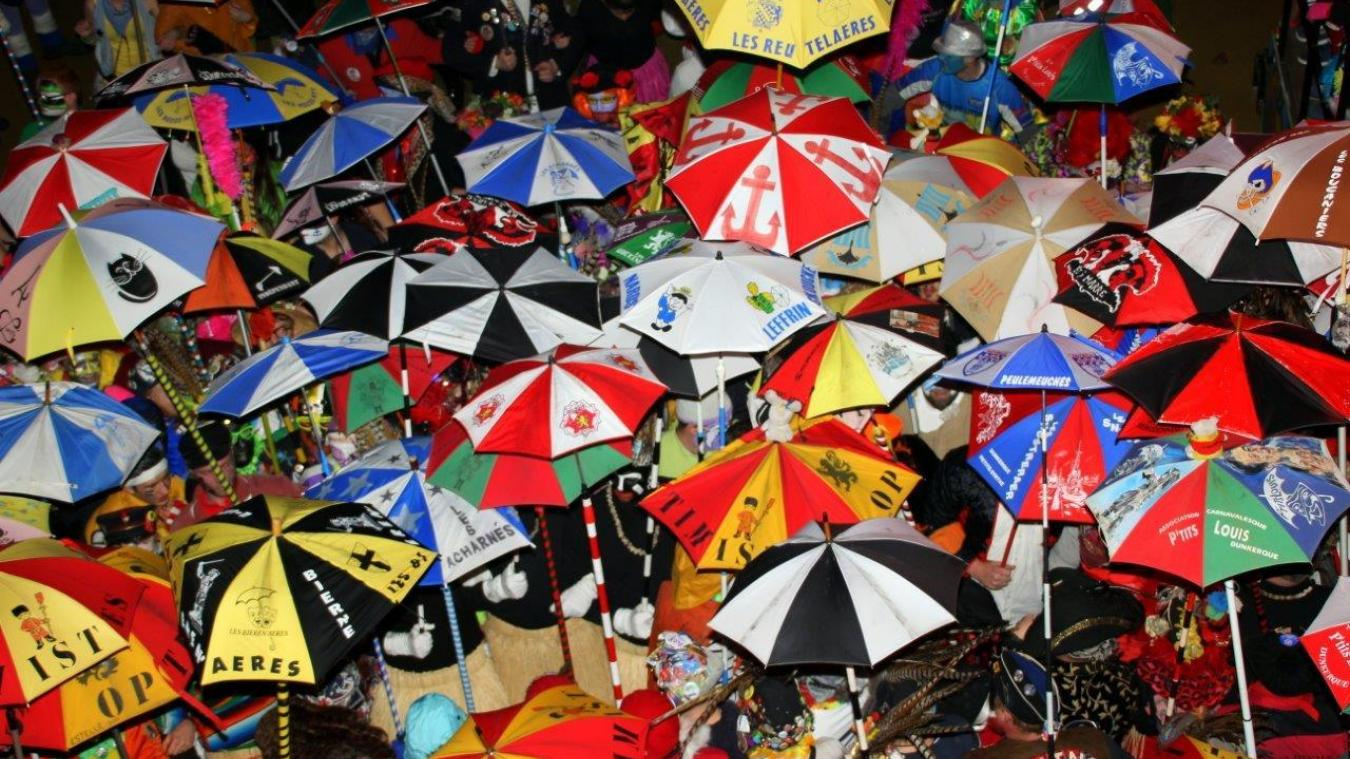 Le bal des Joyeux Beultes, c'est chaque année entre 1 200 et 1 500 personnes à la salle Dany-Boon.