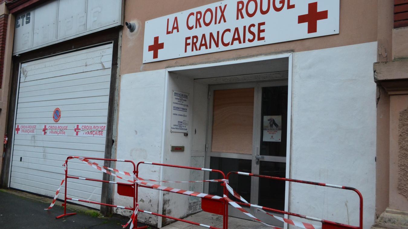 Le local de la Croix-Rouge rue Ferdinand-Buisson a été cambriolé puis incendié ce vendredi 25 janvier vers 1 h.
