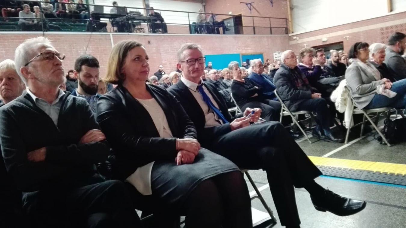 Les adjoints Claude Bassez et Christine Stiévenard avec Jean-François Caron. S'il manque désormais Bernard Geerinkx, le maire va tout de même rempiler.