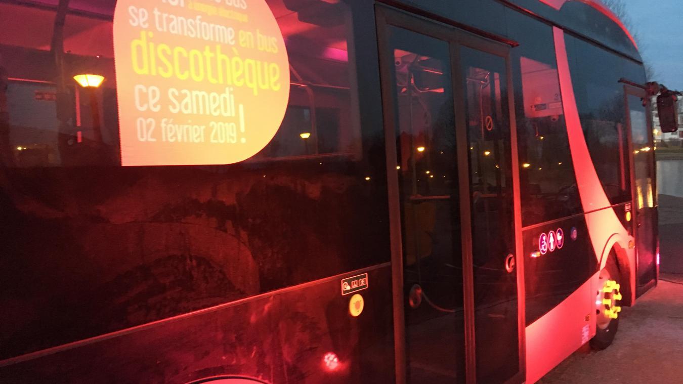 Les midibus seront mis en service lundi 4 février. Pour marquer l'événement, le modèle fuchsia va se transformer en discothèque ce samedi après-midi.