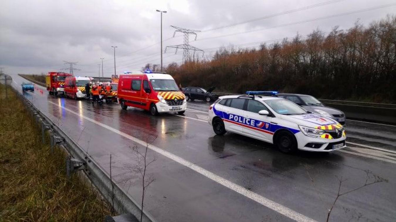 Un accident s'est produit à hauteur de Bourbourg/Saint-Folquin à la suite d'une averse de grêles.