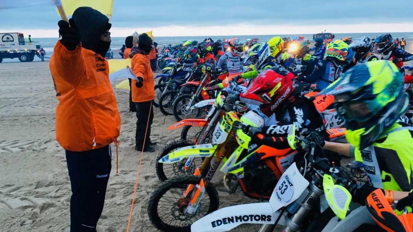 105 pilotes âgés de 11 à 15 ans ont pris le départ de l'Enduropale Espoirs ce dimanche 3 février à 14h30.