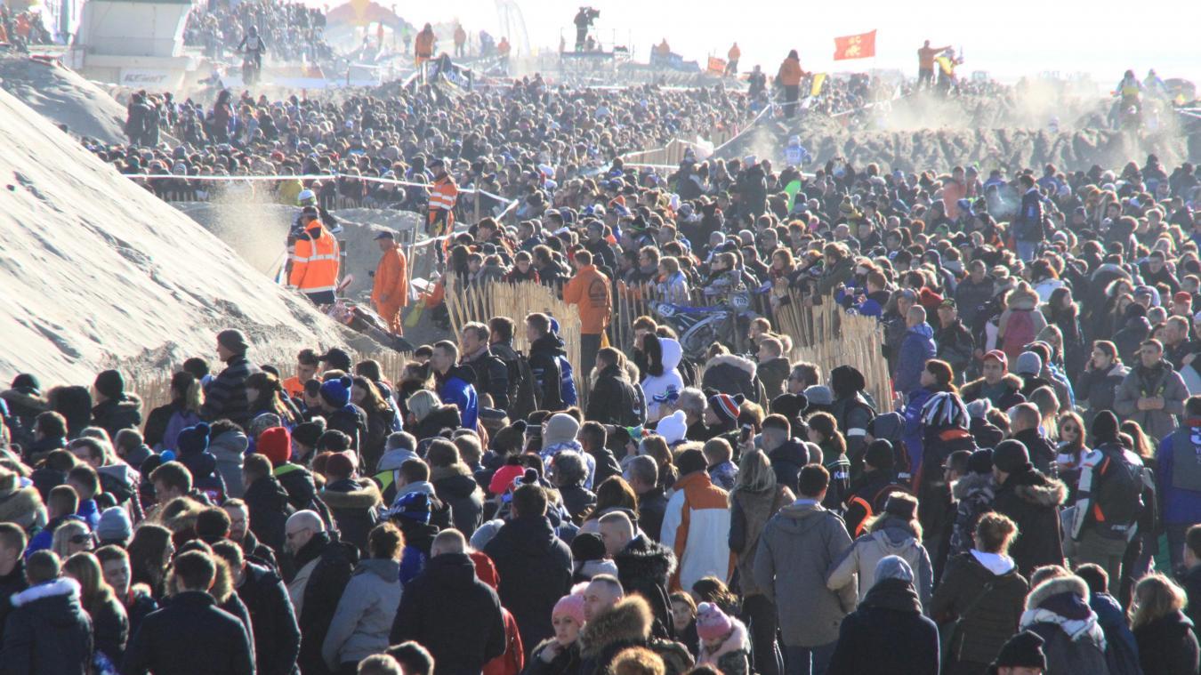 Une foule incroyable sur les plages du Touquet et de Stella à l'occasion de la 44e édition de l'Enduropale.