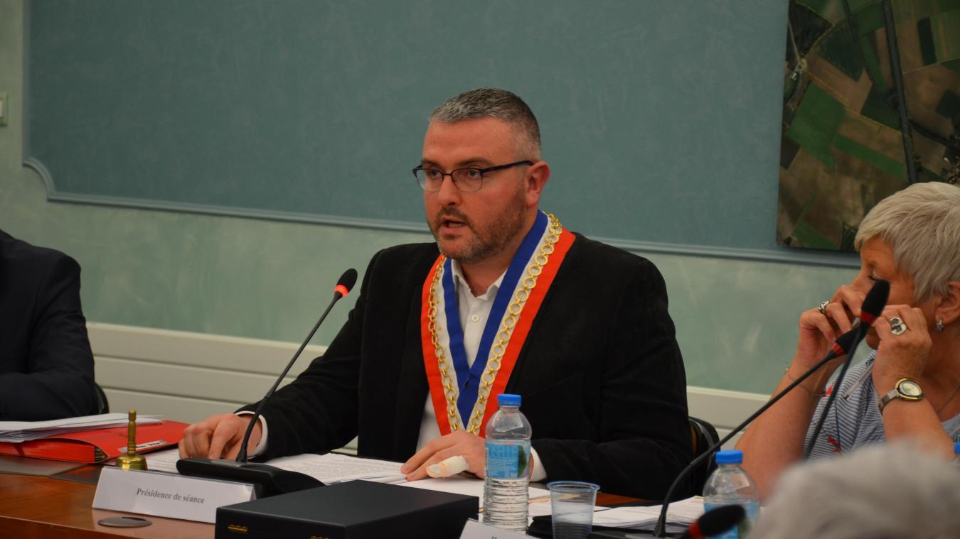 Mazingarbe: Laurent Poissant devient maire (vidéos et photos)