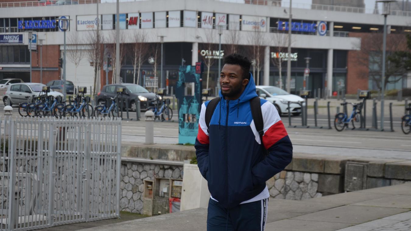 Le jeune Guinéen reste optimiste quant à sa demande d'asile. Pour le moment, il souhaite surtout se concentrer sur sa formation de couvreur.