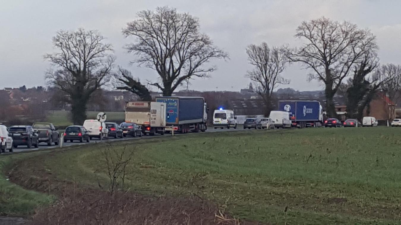 Une collision s'est produite sur la RD 642 entre Hazebrouck et Bailleul.
