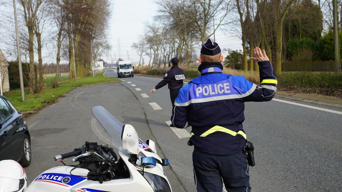 18 infractions de sécurité ou de non-présentation de papiers ont été relevées. Sur la D601, à l'entrée de Gravelines, deux véhicules ont été contrôlés en vitesse excessive.