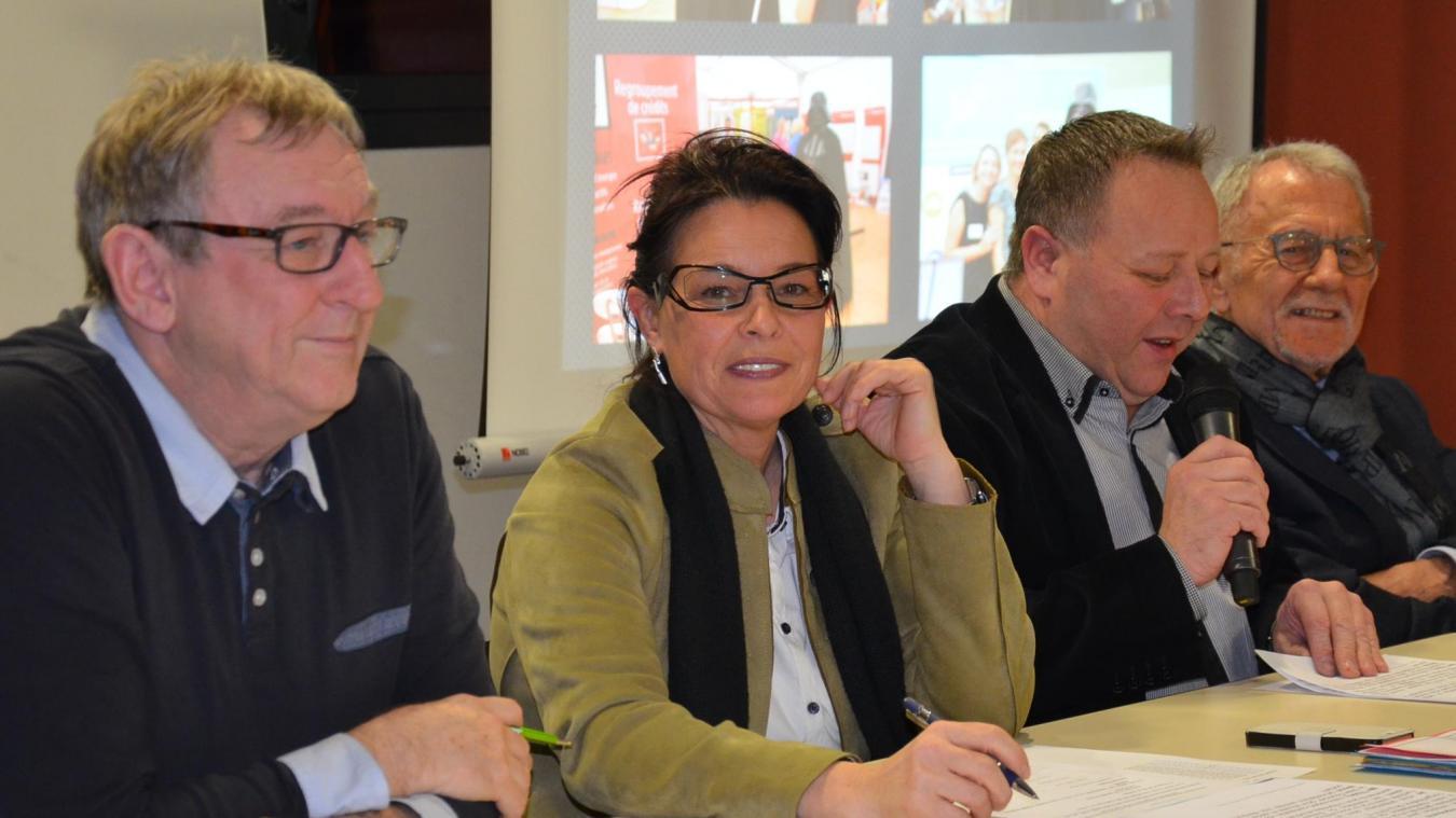 Ils quittent le bureau du Comité d'organisation de la Foire d'Aire-sur-la-Lys: Jacques Wayolle (à gauche) trésorier et animateur ; Philippe Secq, membre.
