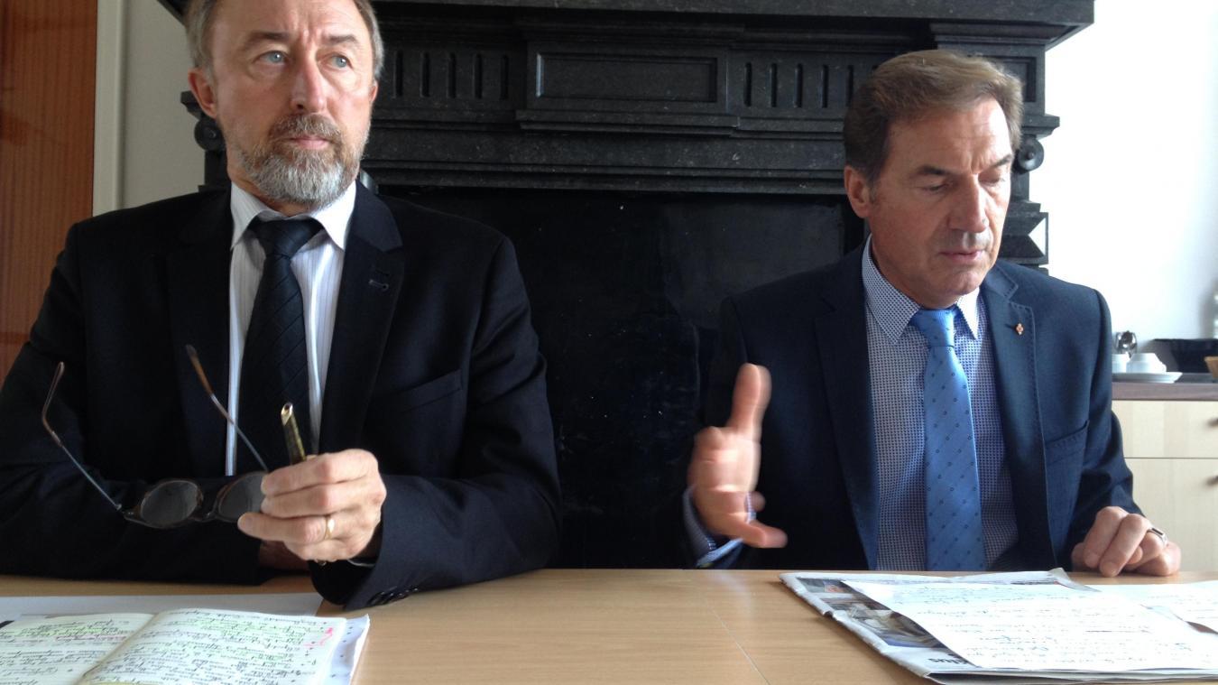 Jean-Marc Ducroquet (à gauche), directeur général des services, est absent depuis près de six mois.
