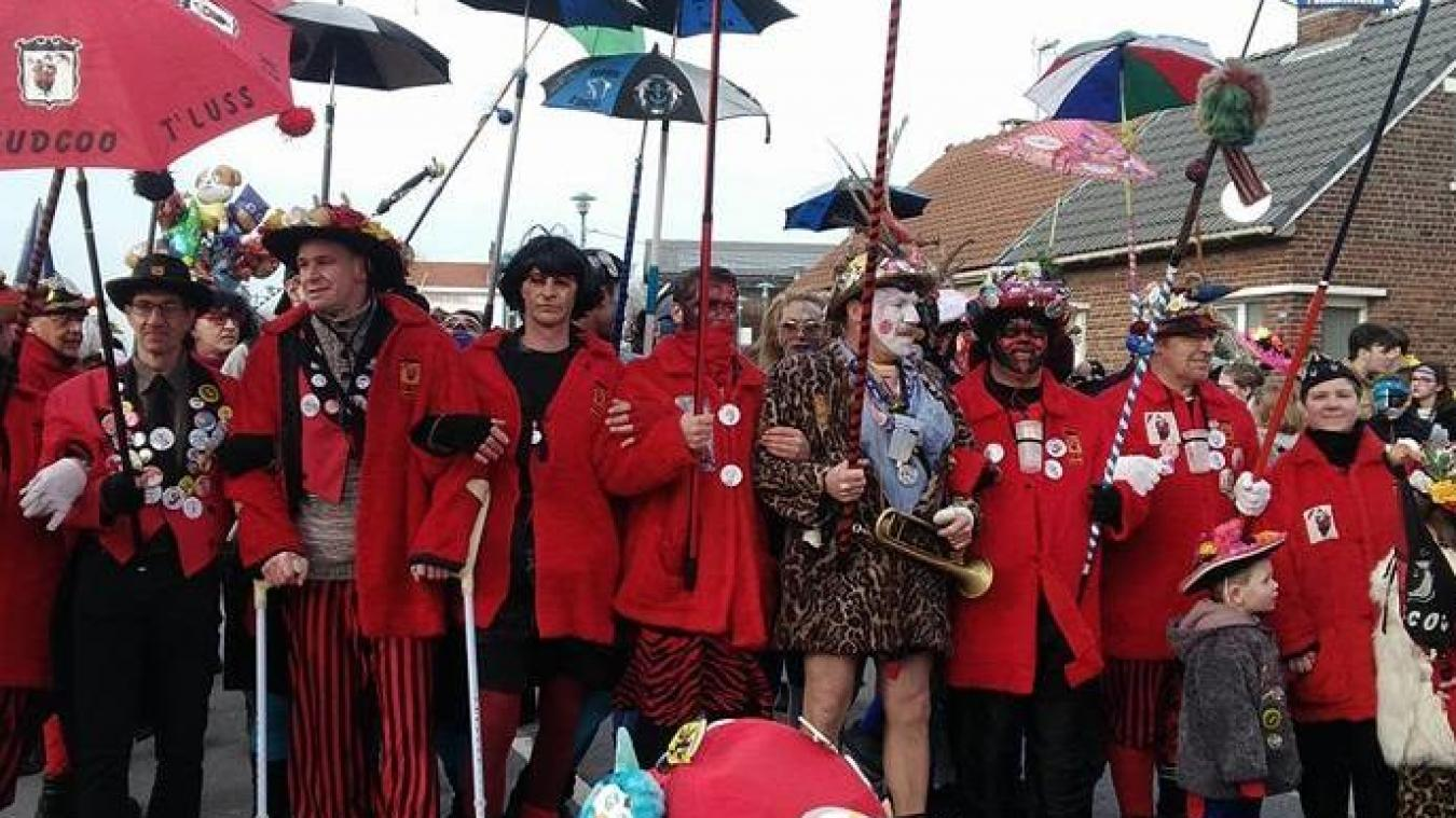 Les Judcoot'Lussen, avant le départ de la bande de Zuydcoote, lors de l'édition 2018 du carnaval.