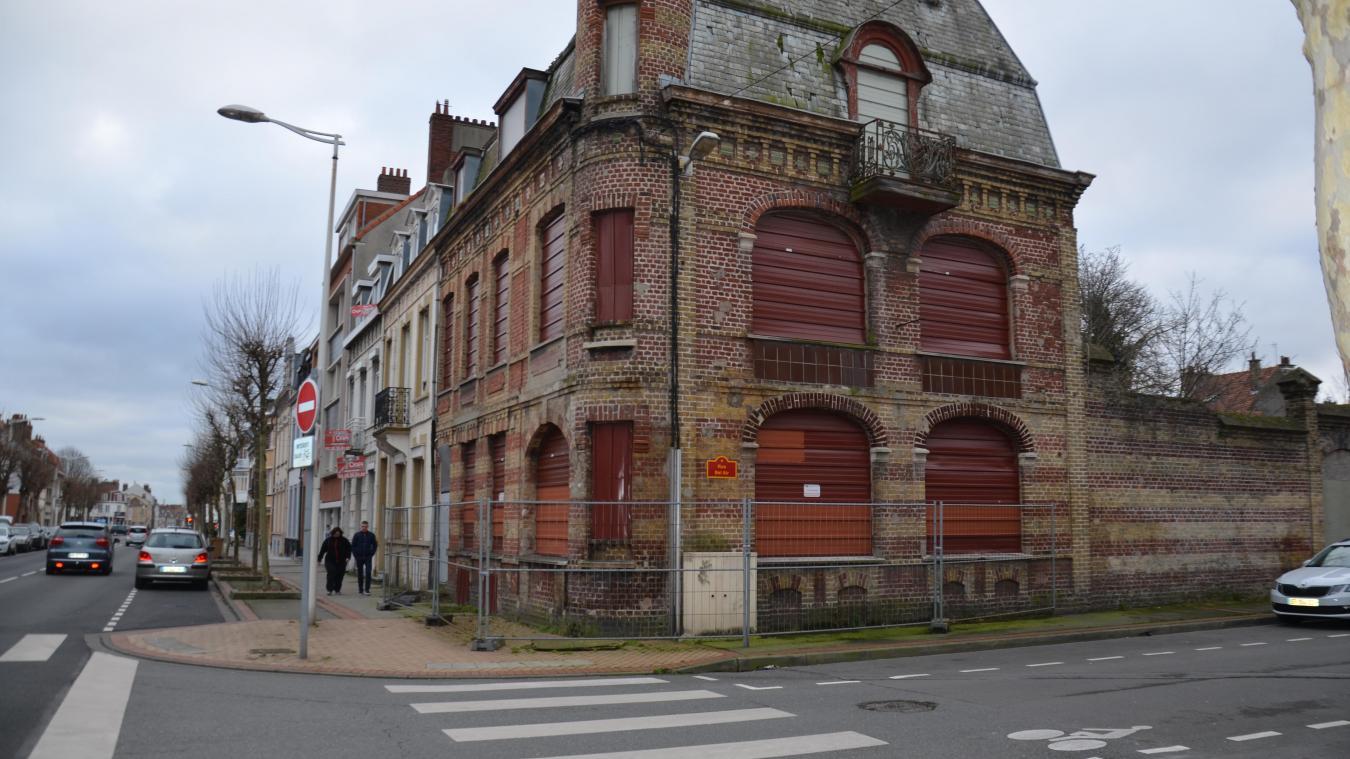 À l'angle de la rue Bel-Air et de l'avenue Gaspard-Malo, les bâtiments de l'ancienne imprimerie sont inoccupés depuis plus d'une dizaine d'années.