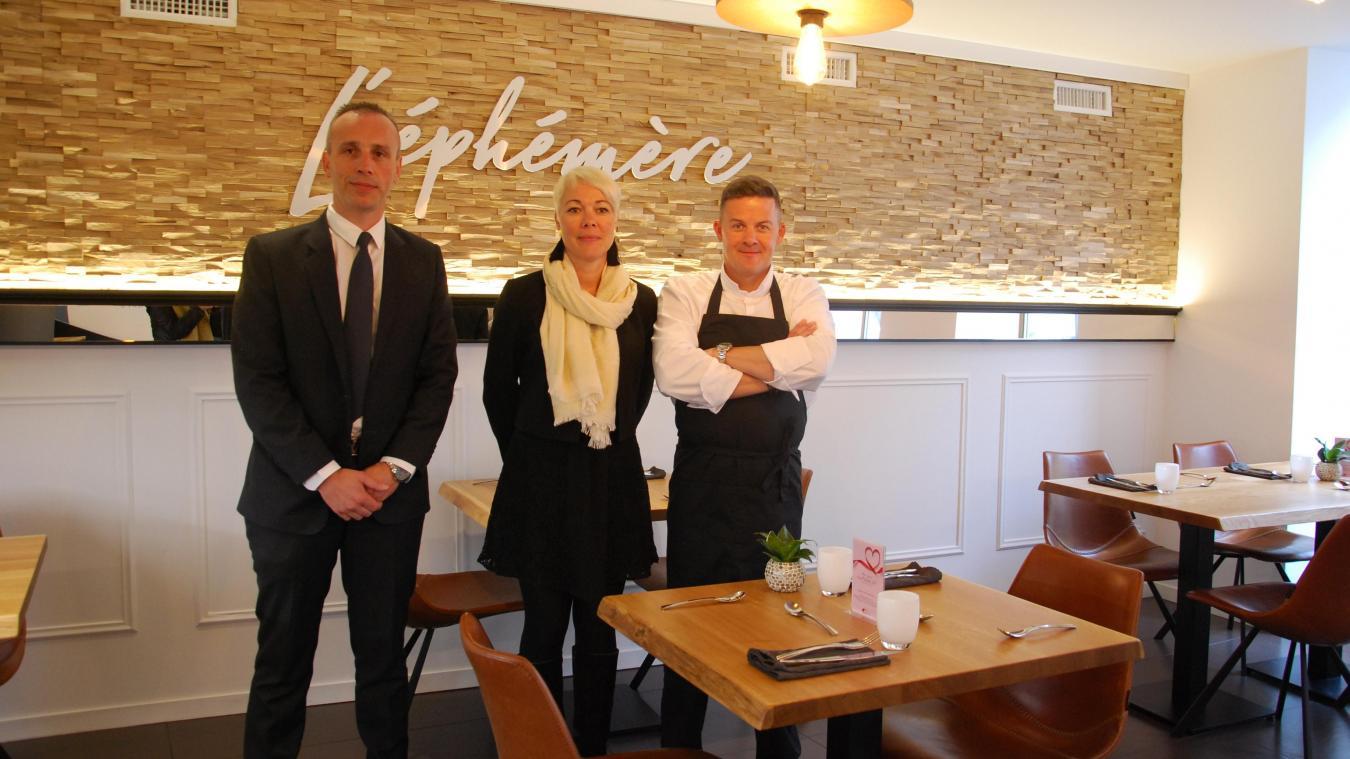 Face à la demande des clients, les gérants de l'Éphémère ont décidé d'agrandir le restaurant.