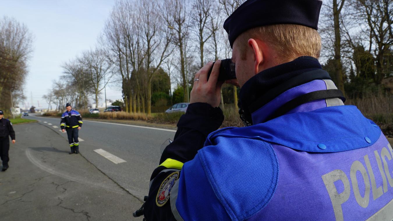 Les agents ont procédé à des inspections aléatoires au rond-point Guillain, à Dunkerque.