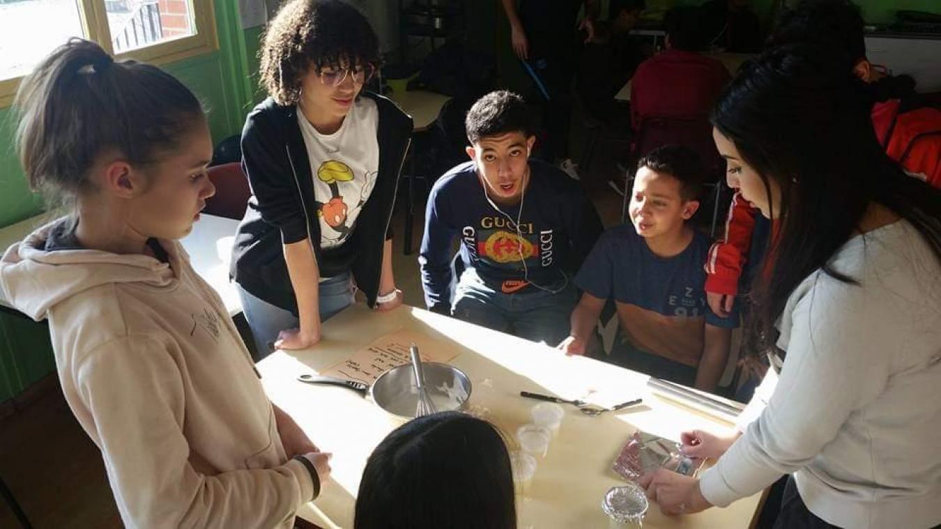 Lors des ateliers préparatoires les jeunes ont notamment appris à fabriquer eux-même du savon.