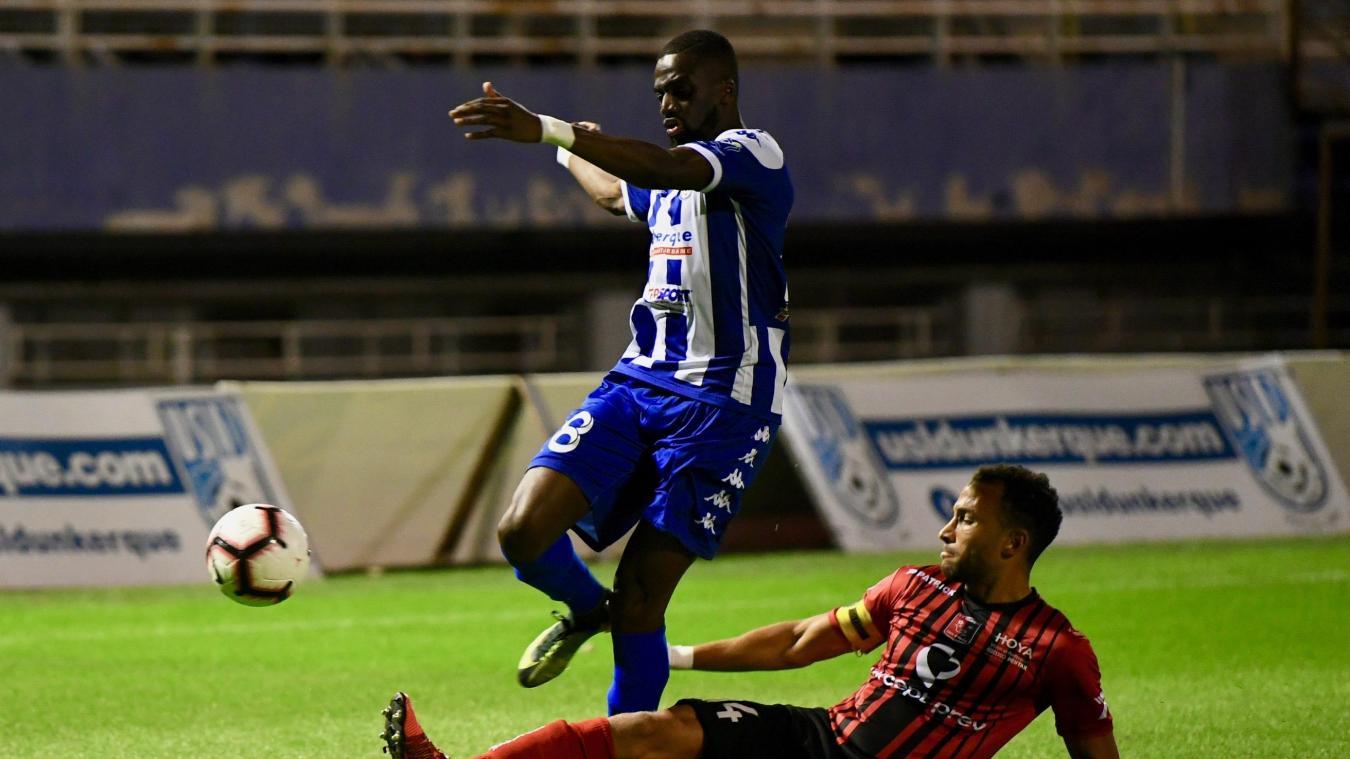 Demba Thiam fait partie des joueurs défensifs qui doivent s'adapter au nouveau système.