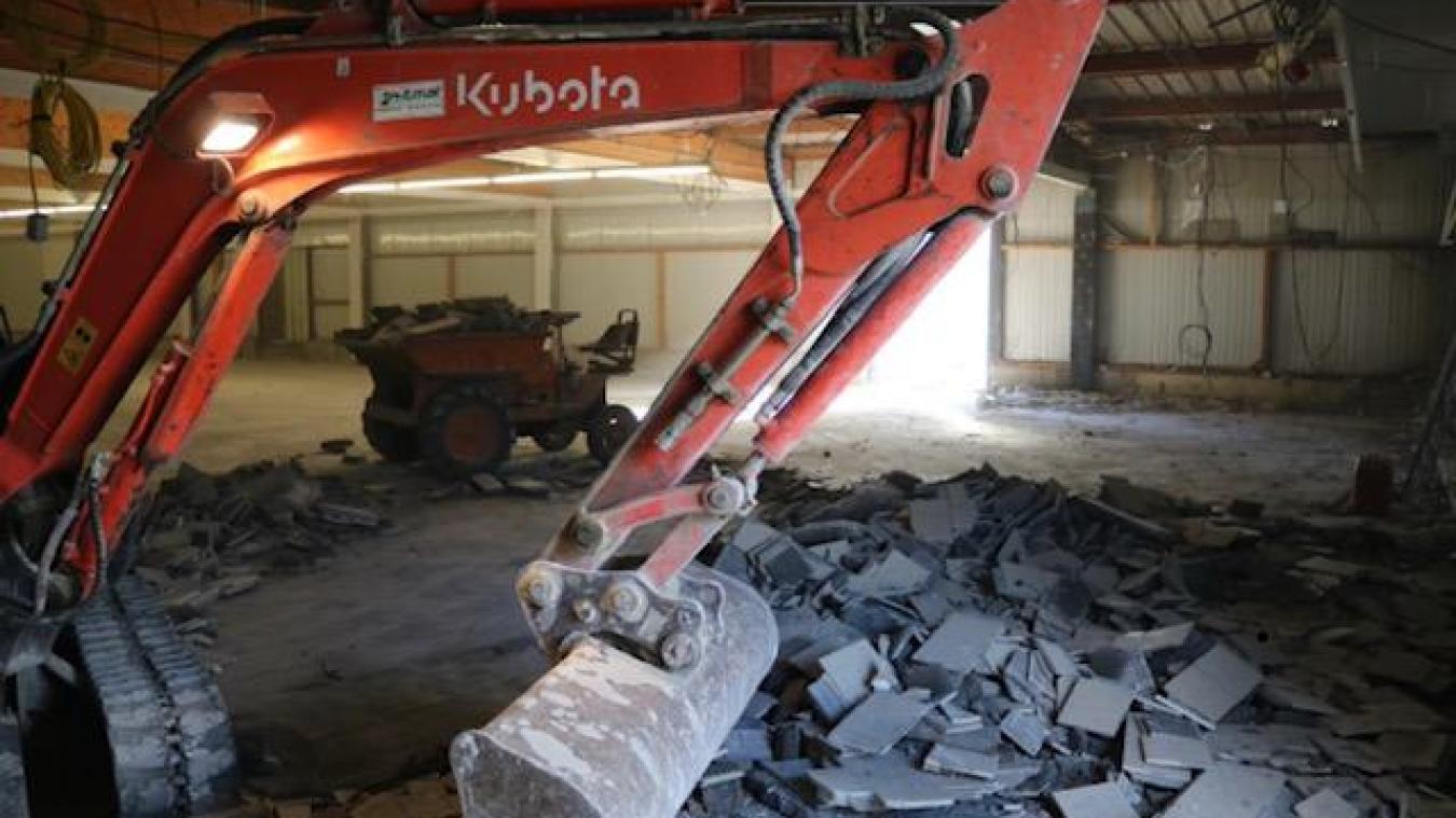 Actuellement le chantier est en pleine phase de démolition.