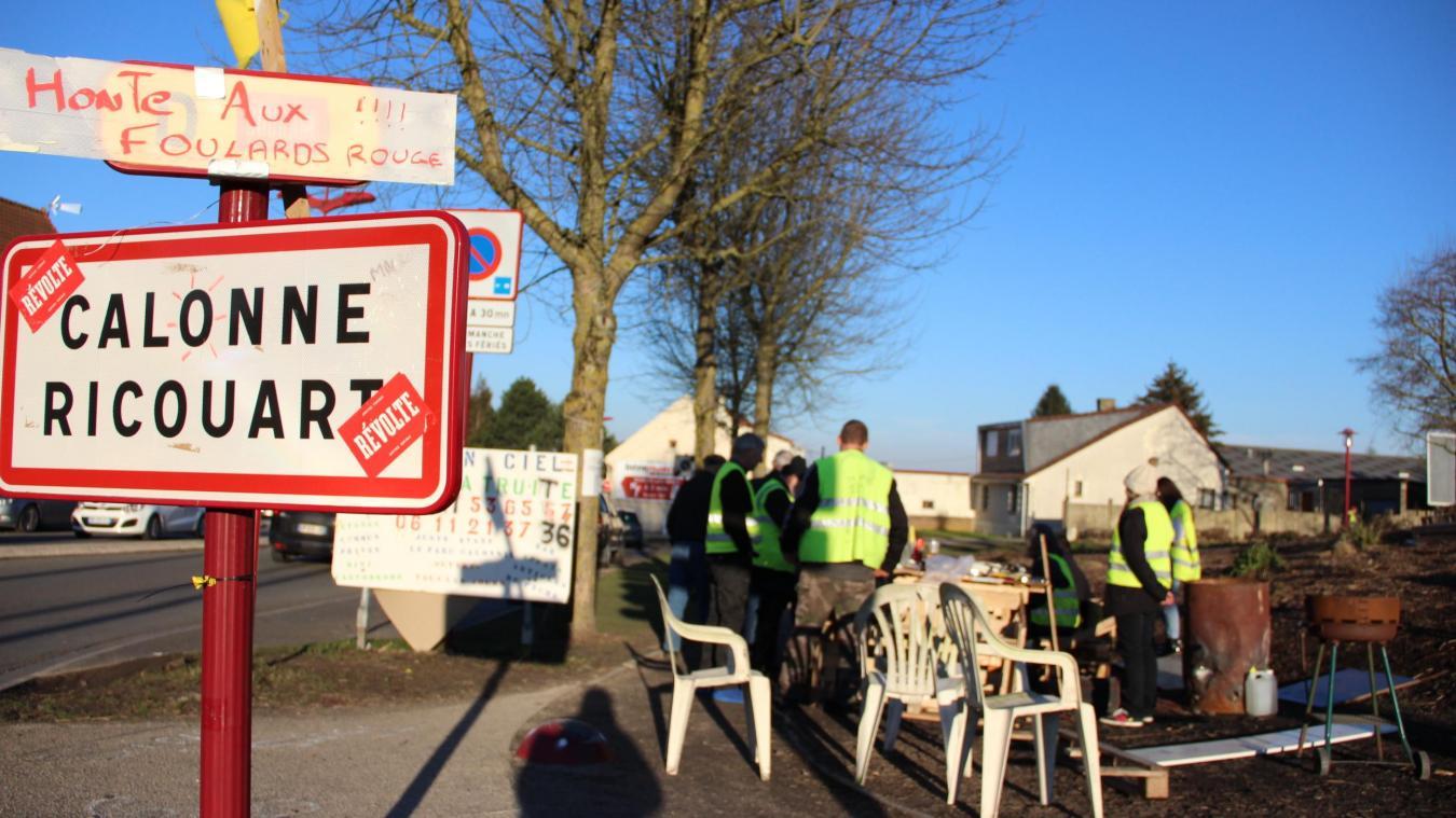 Les Gilets Jaunes sont installés au rond-point du Bateau depuis le premier jour du mouvement.