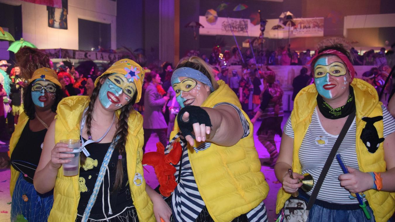 La Nuit de l'oncle cô a accueilli des milliers de carnavaleux samedi.