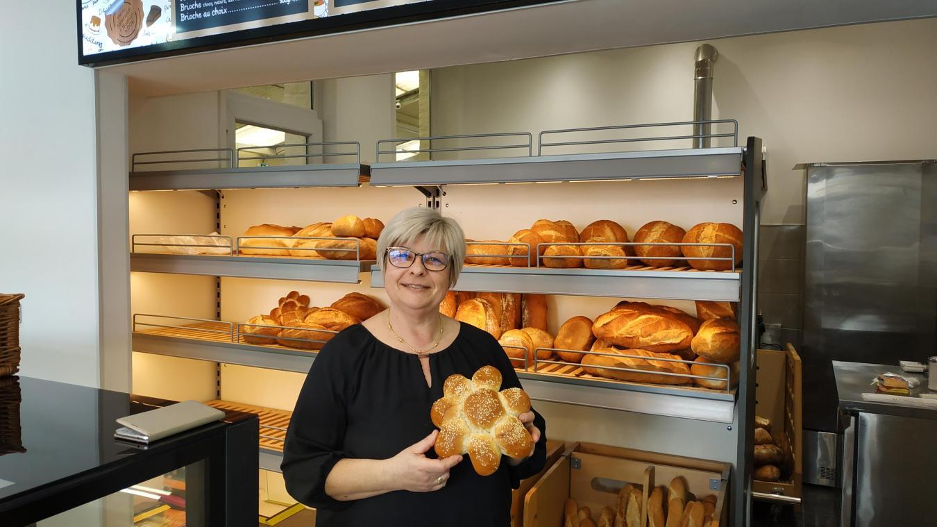 Depuis le 1 er  mars, Valérie Arnould reçoit les clients dans la nouvelle boulangerie.