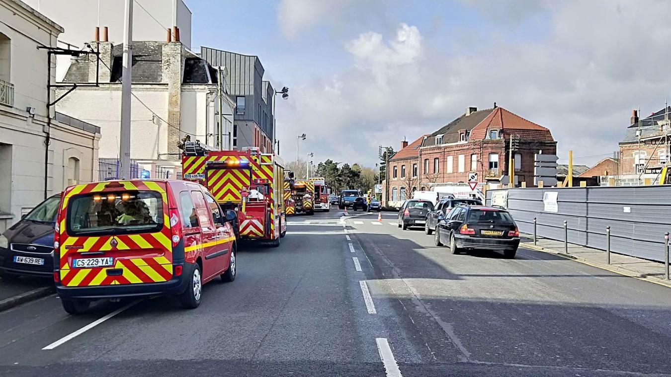 Béthune : un gros déploiement de sapeurs-pompiers pour un feu de friteuse