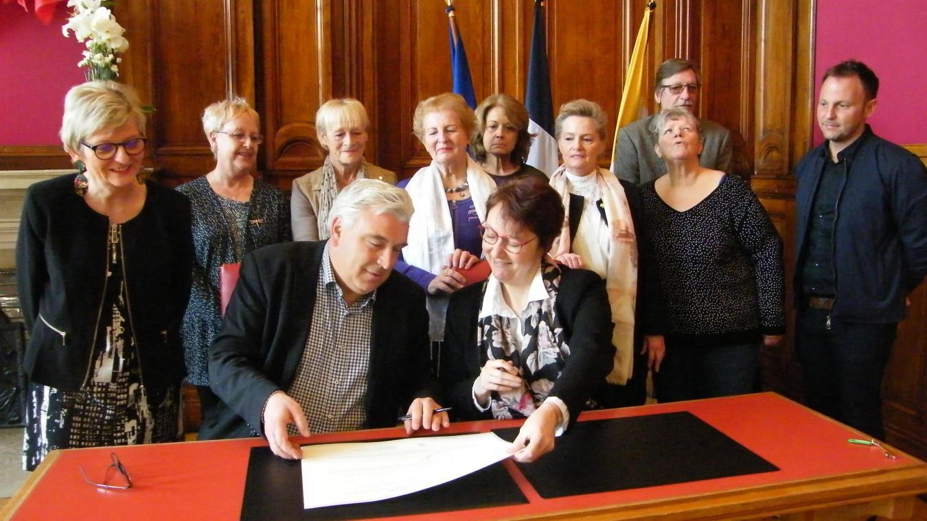 La ville de Boulogne s'engage sur le principe d'égalité entre les hommes et les femmes (photos)