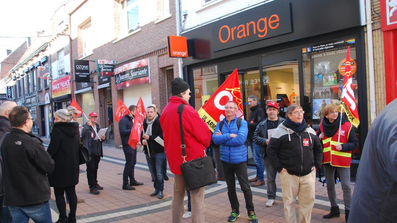 La CGT s'était déjà mobilisée il y a quelques jours contre la fermeture annoncée d'Orange à Hazebrouck.
