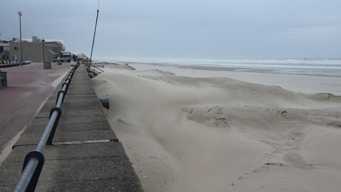 Paysage dunaire éphémère pour la plage du Touquet