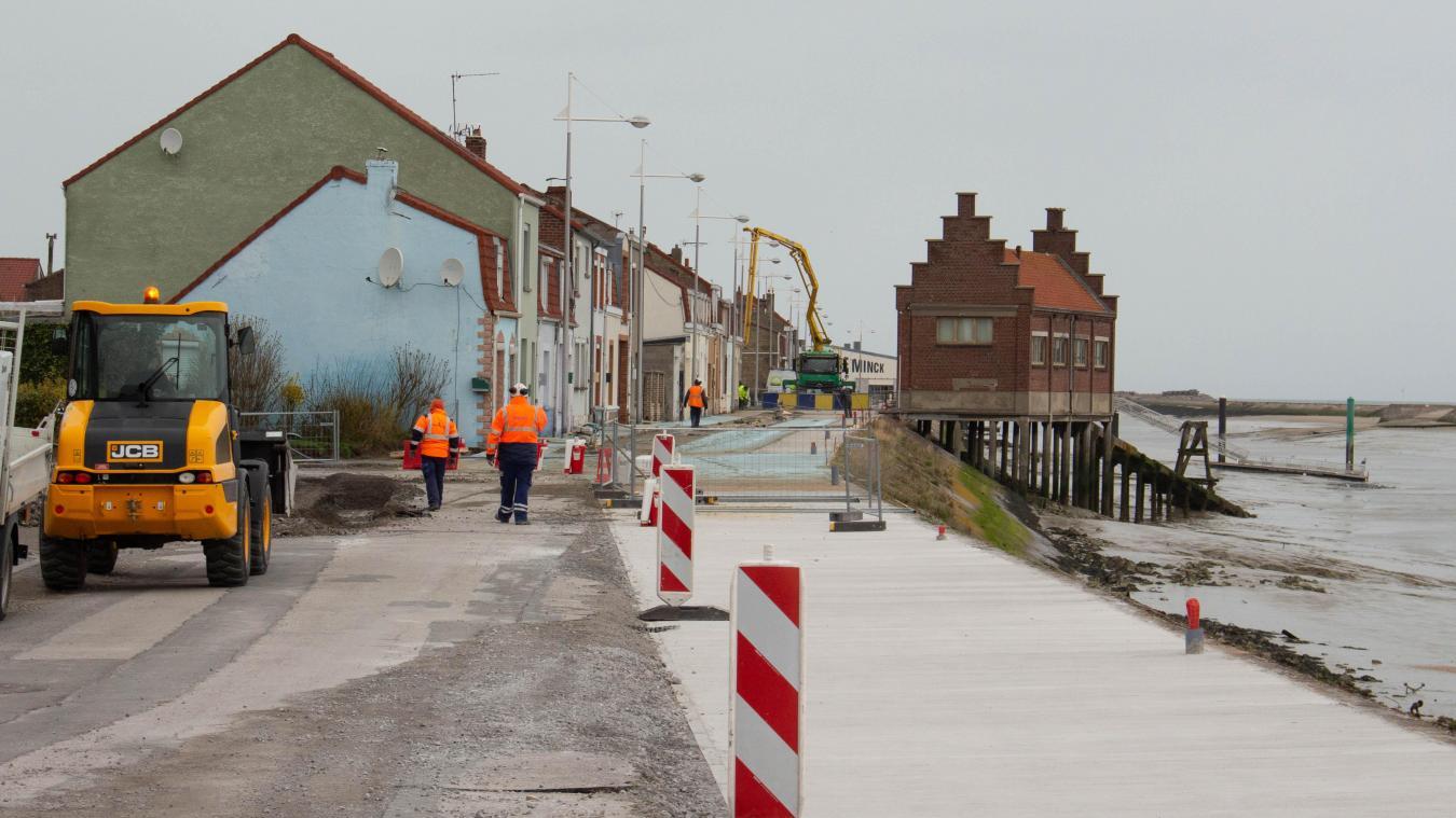 Les travaux s'enchaînent le long du chenal et devraient se terminer à la fin du mois d'avril.
