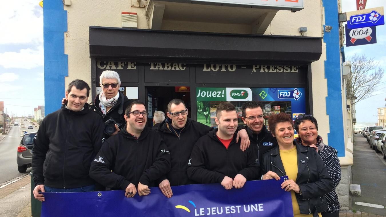Wimereux : 2000 euros pour les photographes du foyer APEI Musset