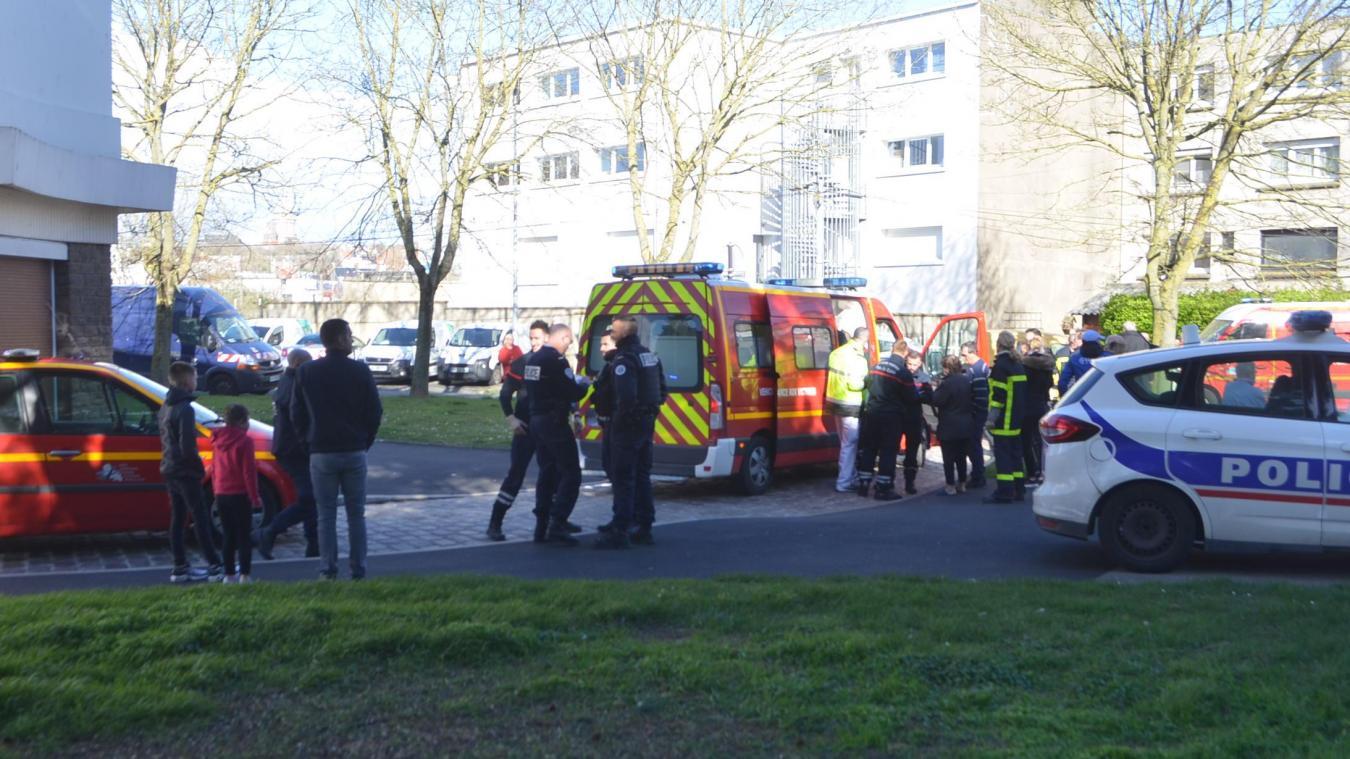 Boulogne : un canapé s'embrase dans un hall d'immeuble, 13 personnes hospitalisées