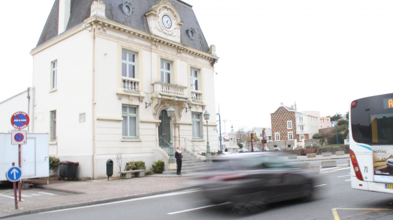 La politique de désendettement et ses restrictions passées au crible par l'opposition jeudi soir, lors du dernier conseil municipal.