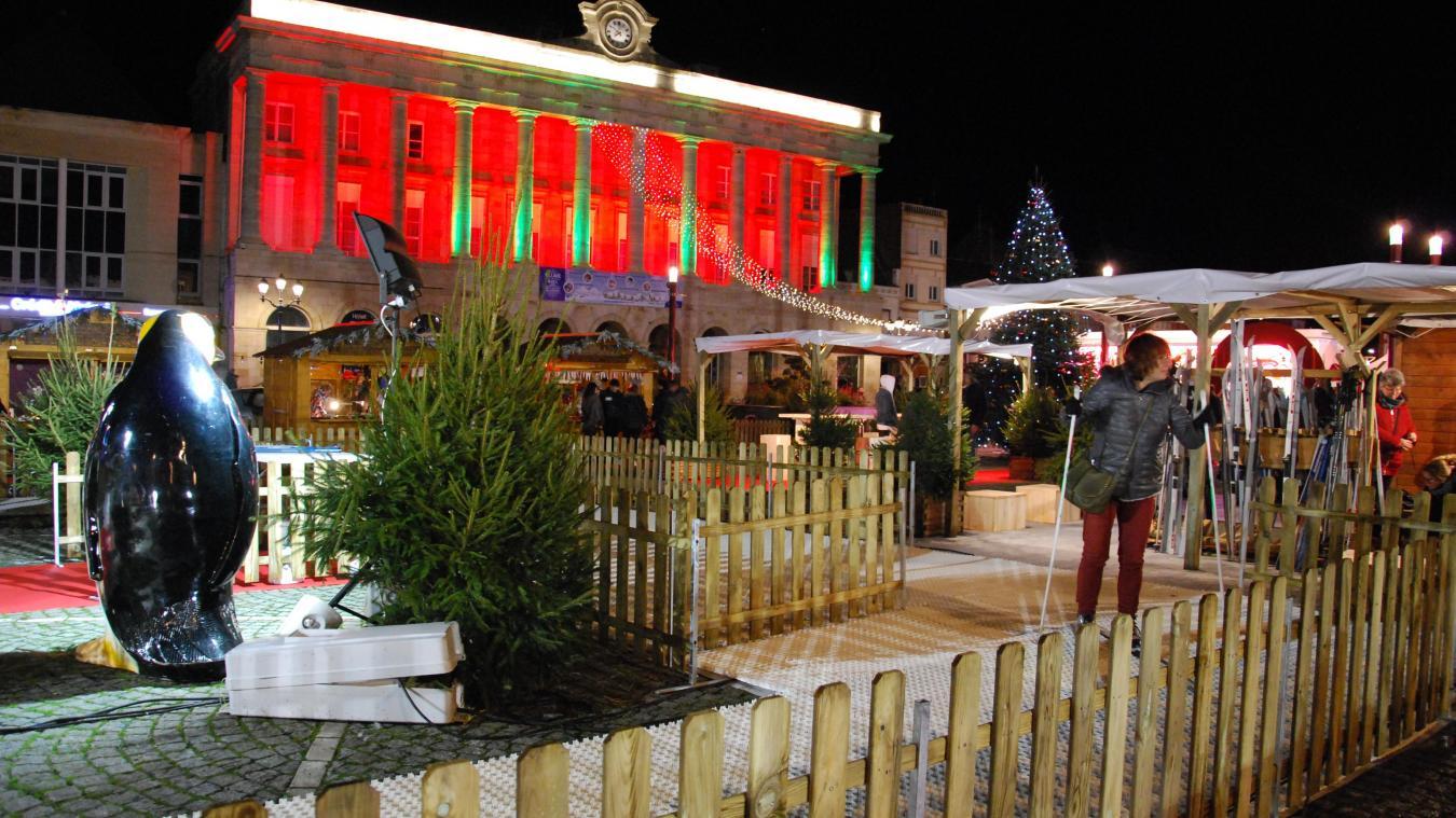 La ville d'Hazebrouck avait fait installer une piste de ski pour l'édition 2018 du village de Noël.