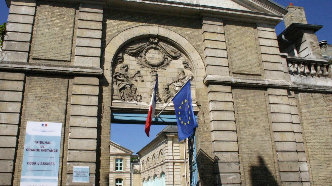 L'auteur des coups a été condamné au tribunal de Saint-Omer.