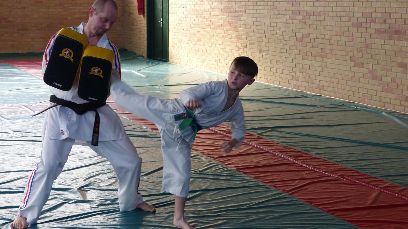 À 10 ans, le jeune champion mervillois s'entraîne avec les adultes.