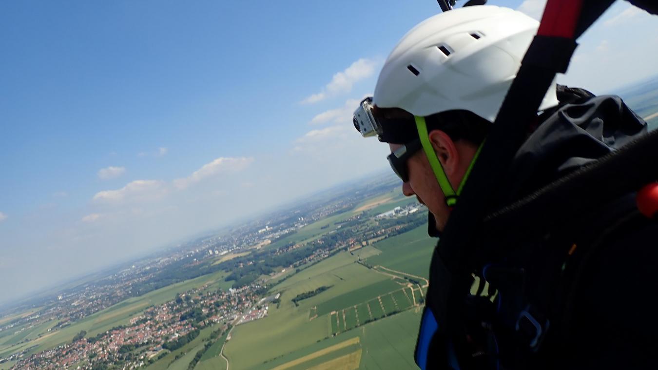 Des photos et la vidéo du décollage sont disponibles sur lavenirdelartois.fr.