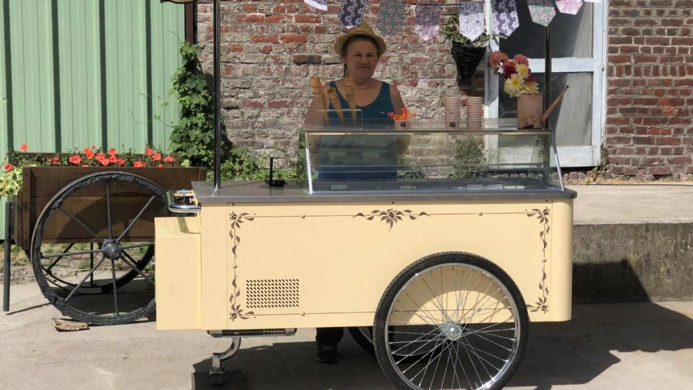 Depuis un mois, les glaces Martel sont en vente au drive fermier du lycée Sainte-Marie d'Aire-sur-la-Lys. On les retrouve aussi lors de fêtes communales.