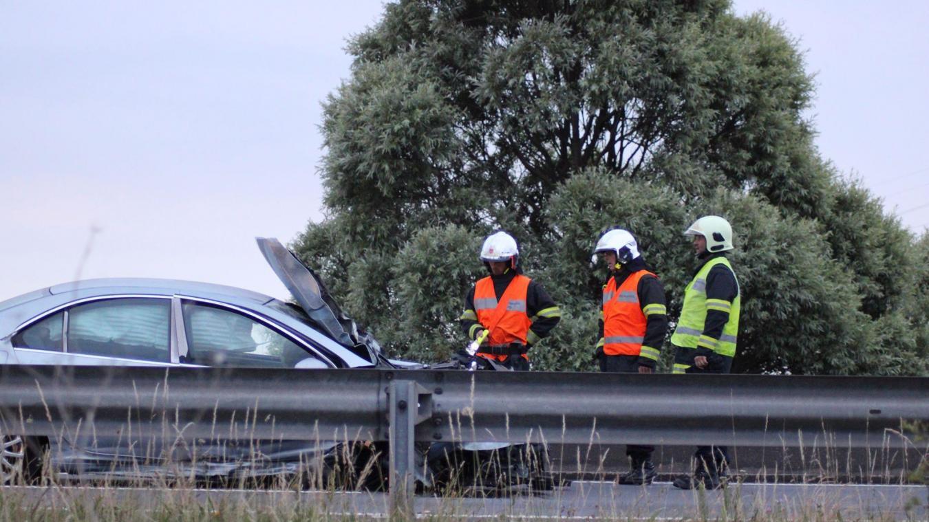 Le chauffeur n'était plus dans le véhcule à l'arrivée des sapeurs-pompiers.