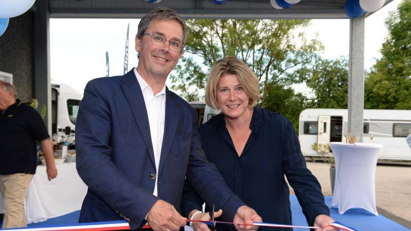 Karen Hautecoeur avait convié ses partenaires et des représentants d'Hymer pour l'inauguration de sa nouvelle concession.