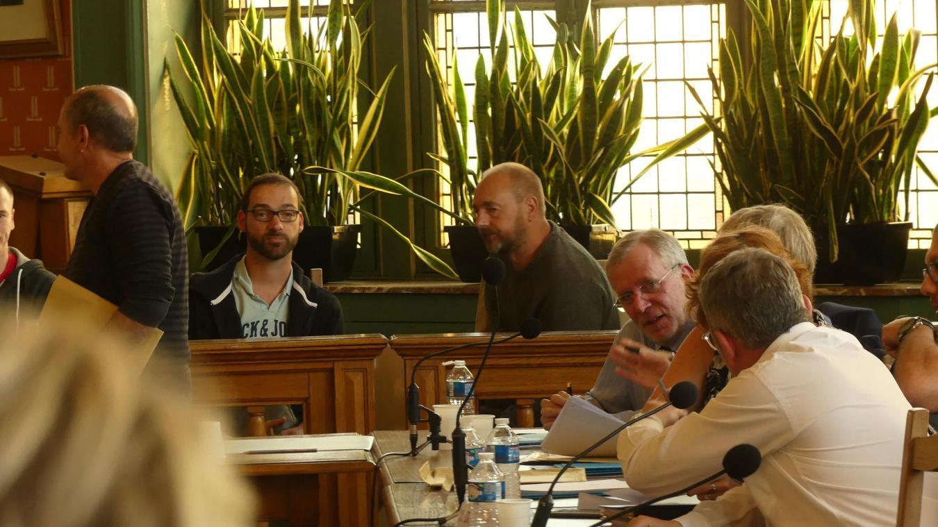 Le 6 juin dernier, un militant RN était présent dans le public du conseil municipal. Jonathan Paniez, à gauche, ne fait pas partie du RN.