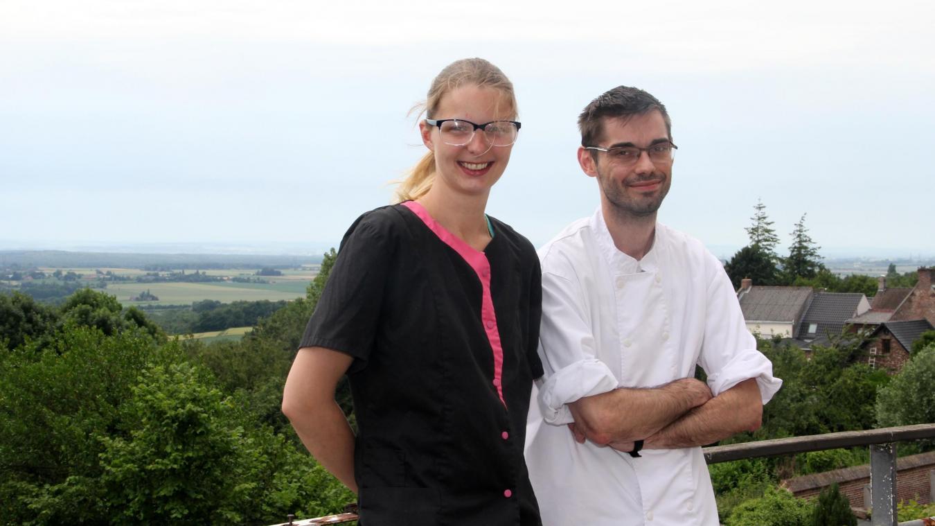 Perrine Dhulu et Gaétan Vaesken, depuis la future terrasse lounge.