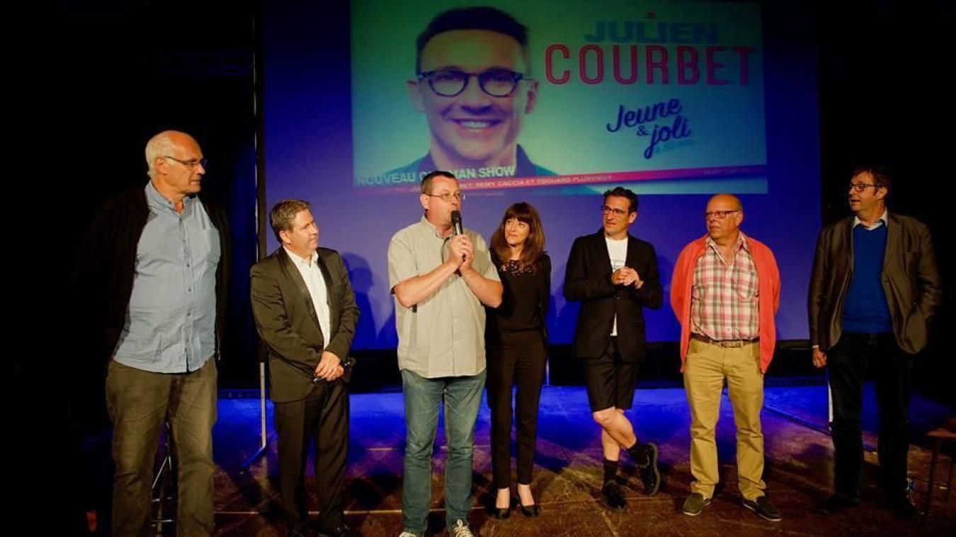 Olivier Delassus (micro à la main) est notamment à la tête du festival du rire de Bisseuil, qui a reçu Julien Courbet comme tête d'affiche l'an dernier.