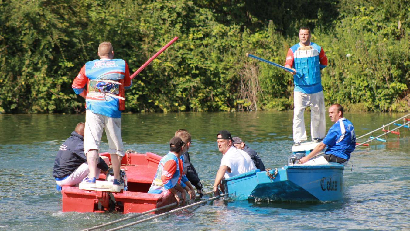 La Darse Méaulens est le lieu où se pratiquent les joutes nautiques.
