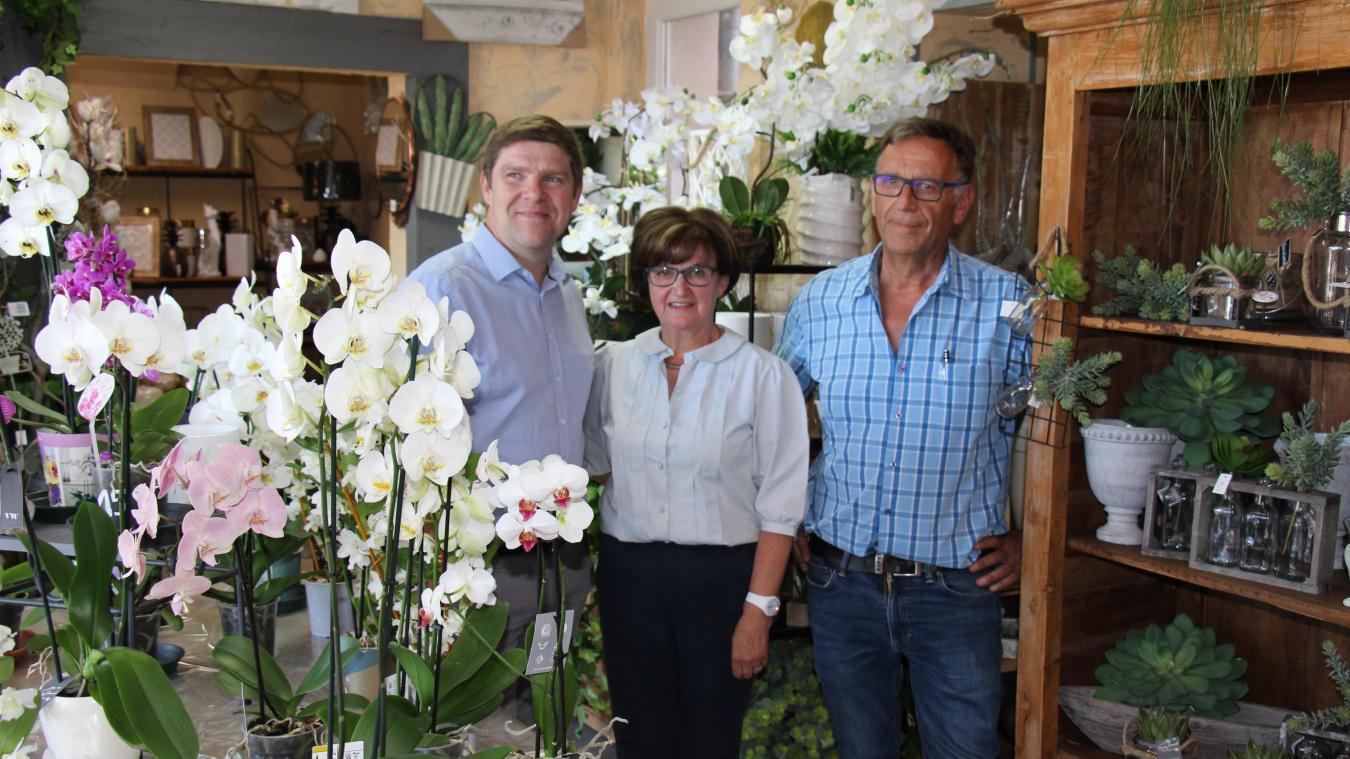 Jeudi, les élus de l'U2P ont multiplié les visites, comme ici à Desvres chez la fleuriste Duriez-Pérard.