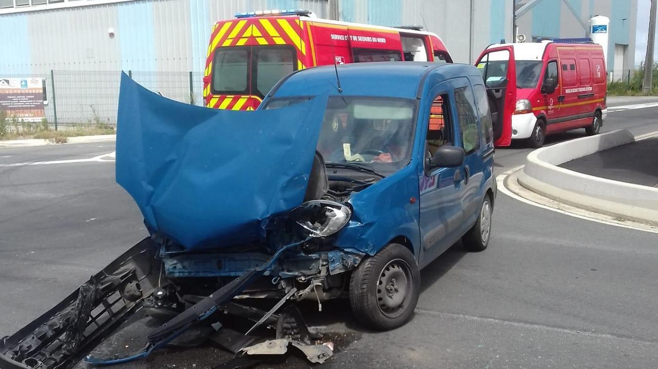 L'accident qui s'est produit à Hondeghem a fait cinq blessés légers.